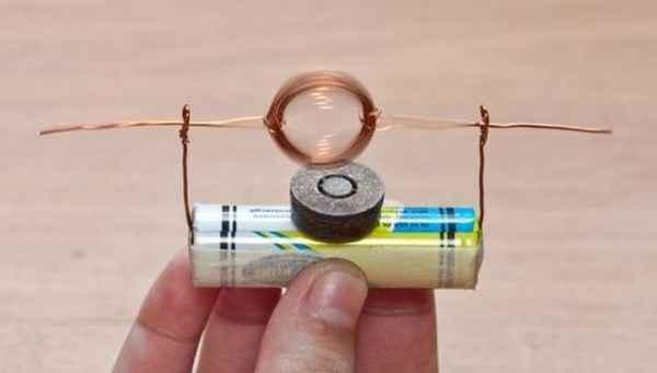 Моторчик из пальчиковой батарейки