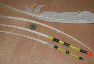 Самоделки для рыбалки: сигнализатор поклёвки и поплавок из пера
